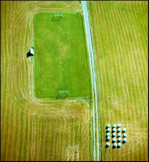 flygbild fotbollsplan